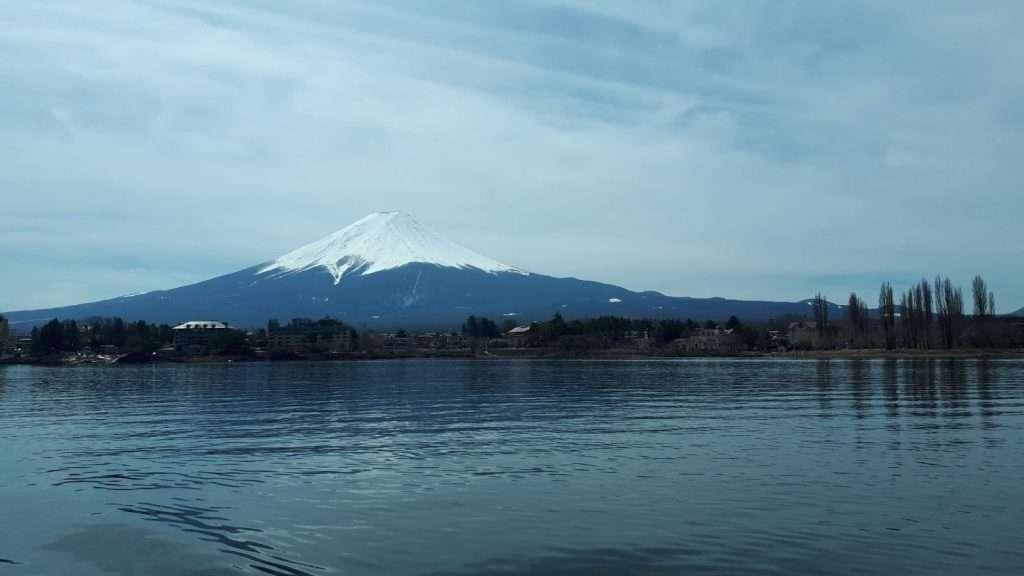 Vistas del monte Fuji desde el lago Kawaguchi