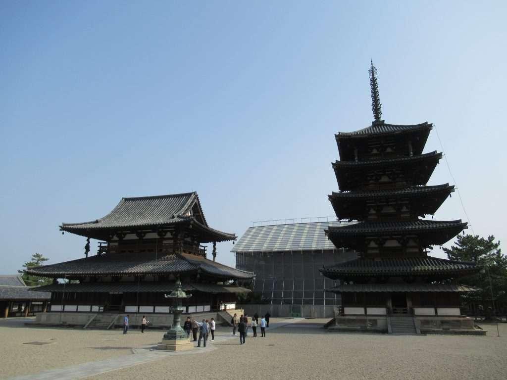 Pagoda en el templo Honryu-ji
