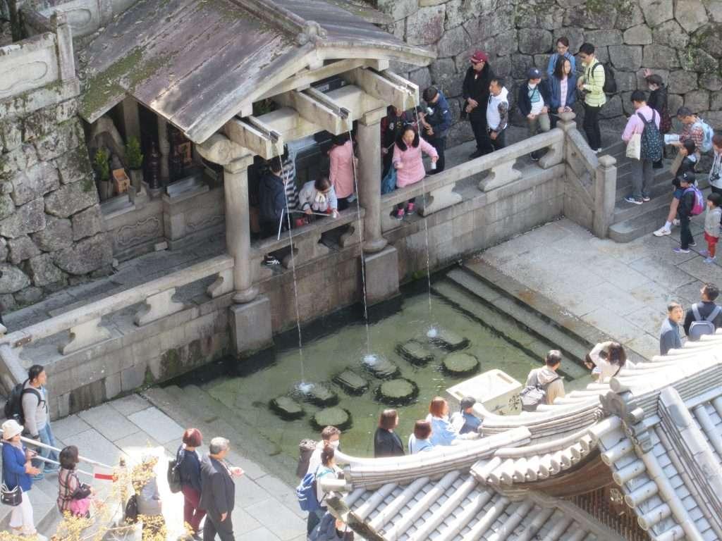 Manantial sagrado de Kiyomizu-dera