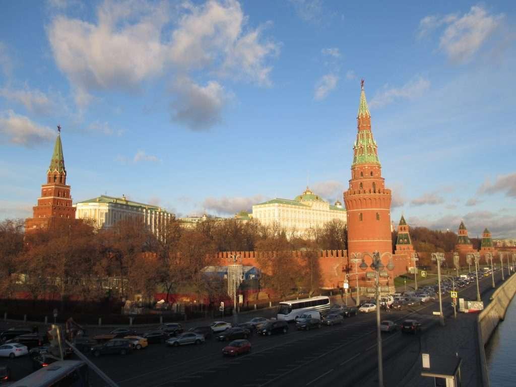 Murallas y torres del Kremlin