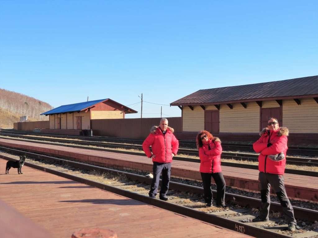 Esperando al tren Circumbaikal
