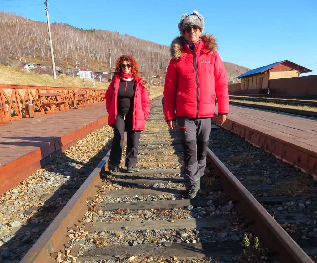 Caminando por las vías del Circumbaikal