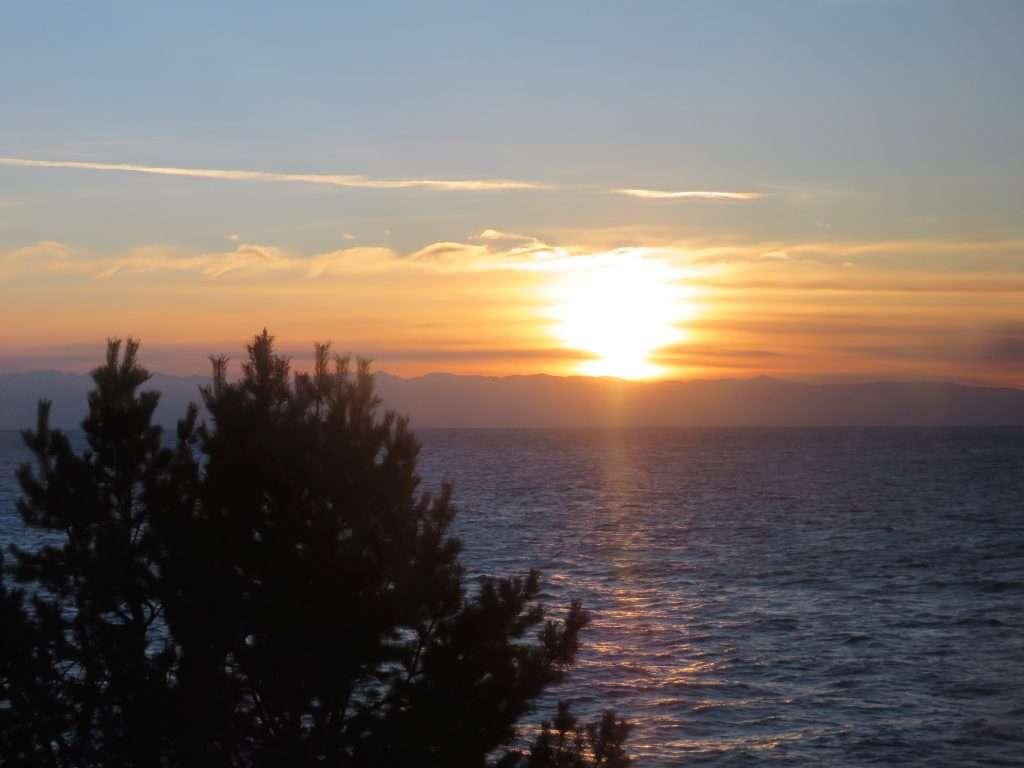 Puesta de sol en el lago Baikal
