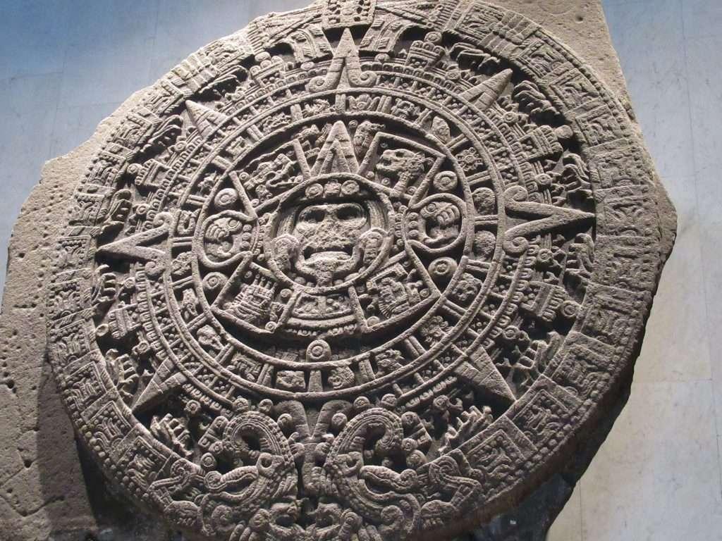La Piedra del Sol o calendario Azteca