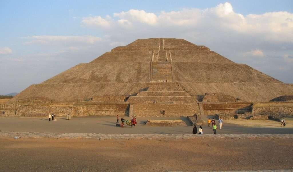 Pirámide de la Luna - Teotihuacán
