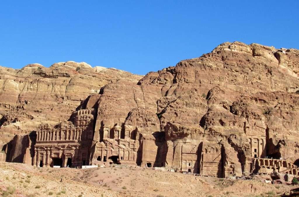 Fachadas de las tumbas reales